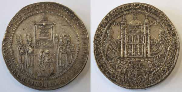 Vierfacher Domweihtaler 1628