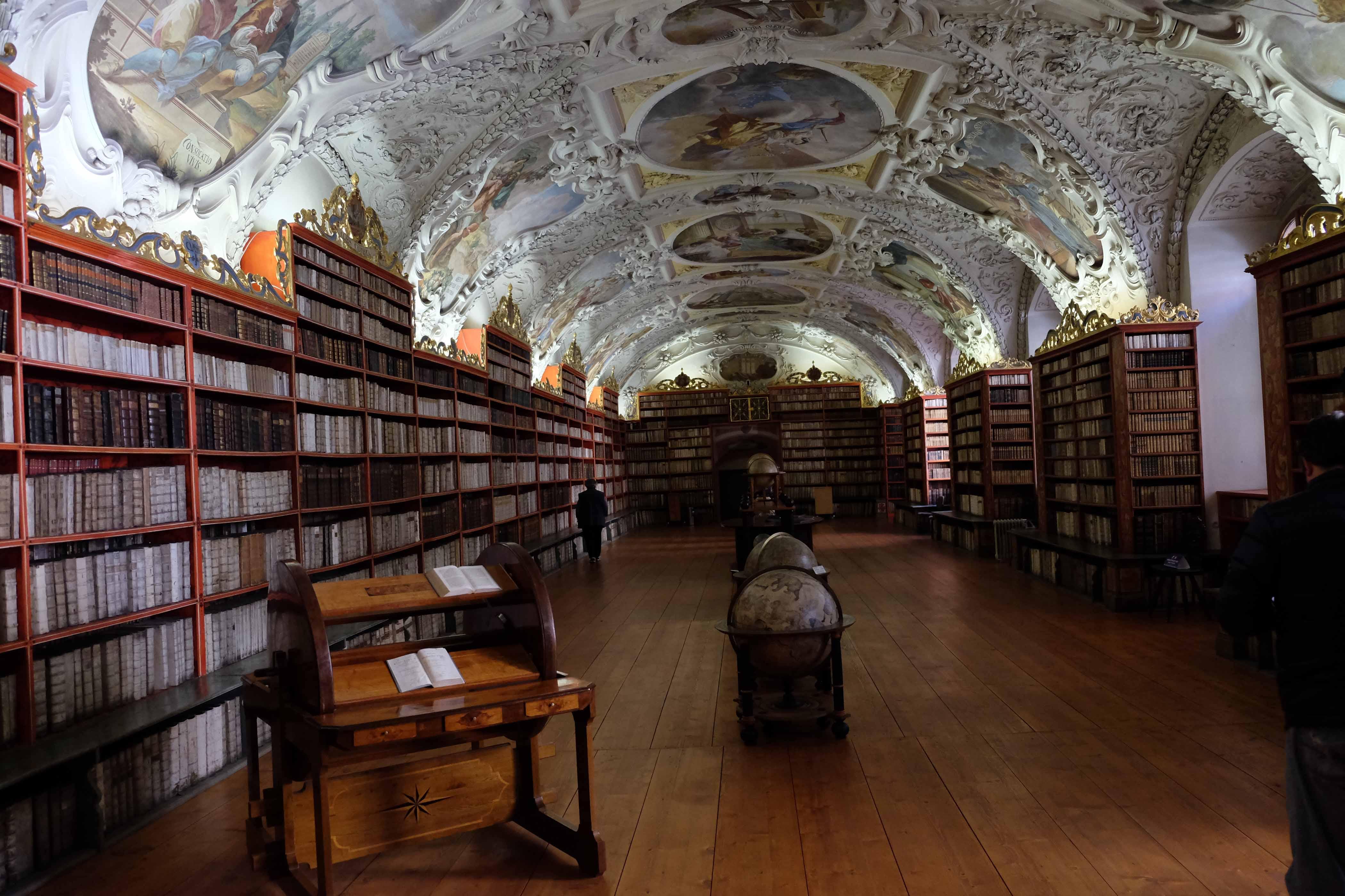 Strahovsky Kloster mit numismatischer Sammlung