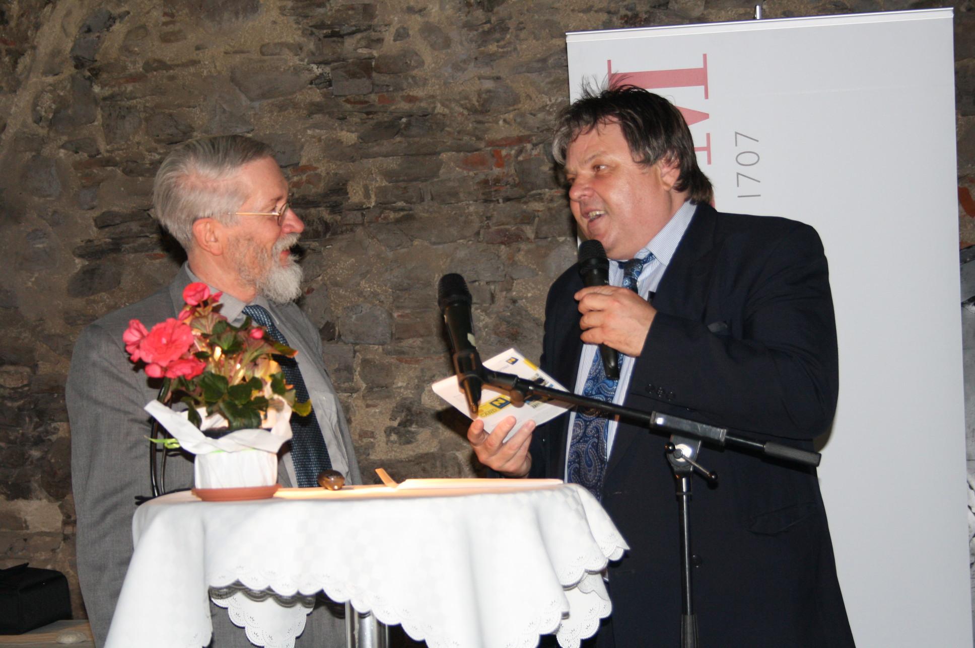 Prof. Wolfgang Hahn und Obmann Otto Ruske