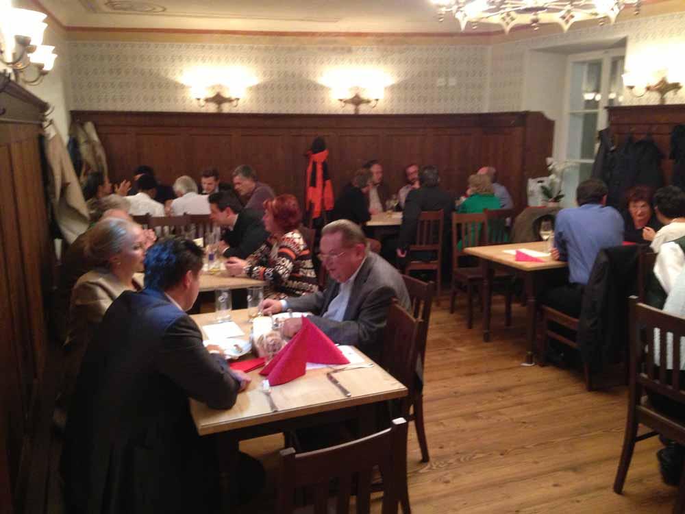 Abendessen in der Goldenen Kugel, Salzburg