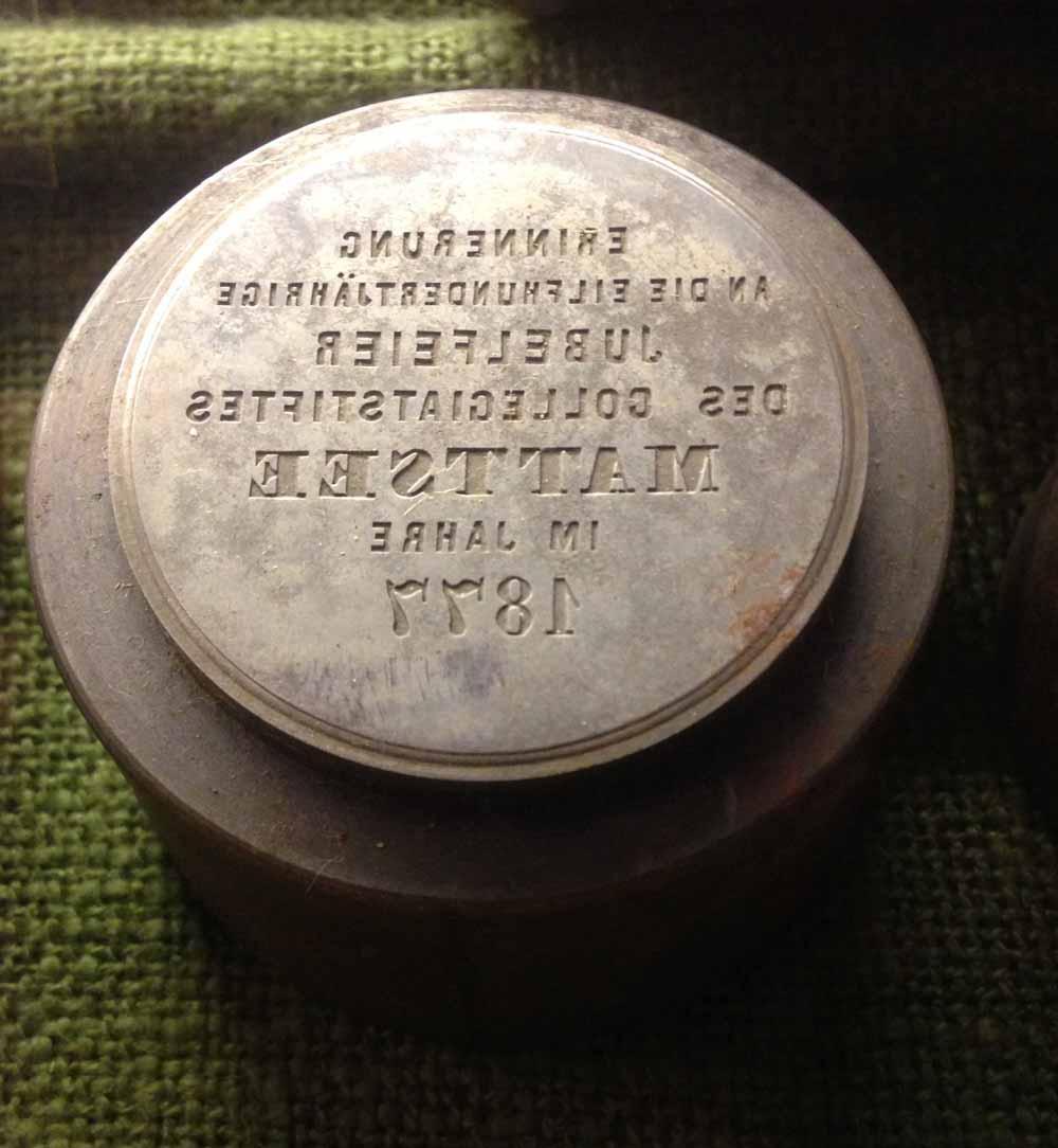 Stempel mit deutscher Inschrift (Macho 120 f)