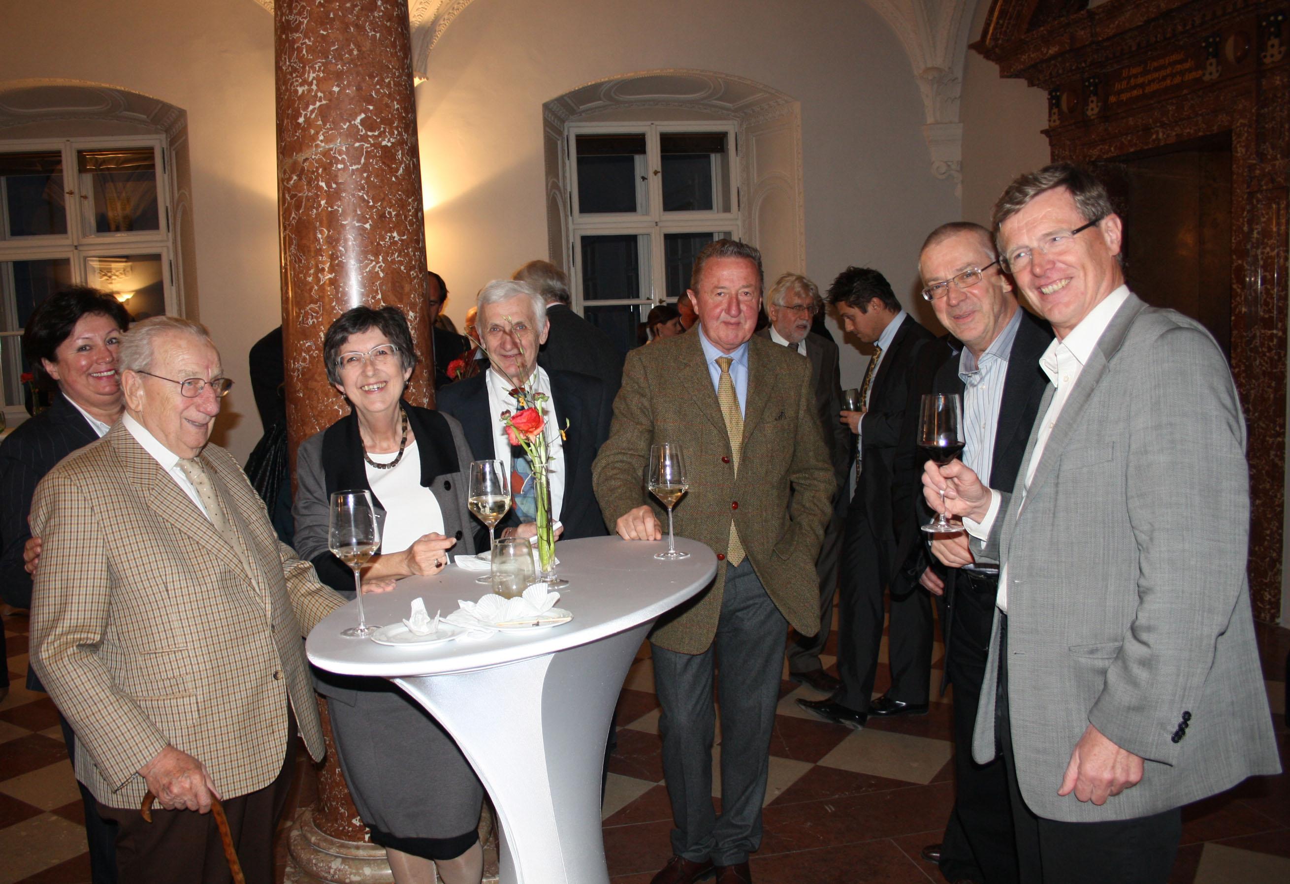 Mitglieder der SNG und Kustos Mayrhofer aus Leogang