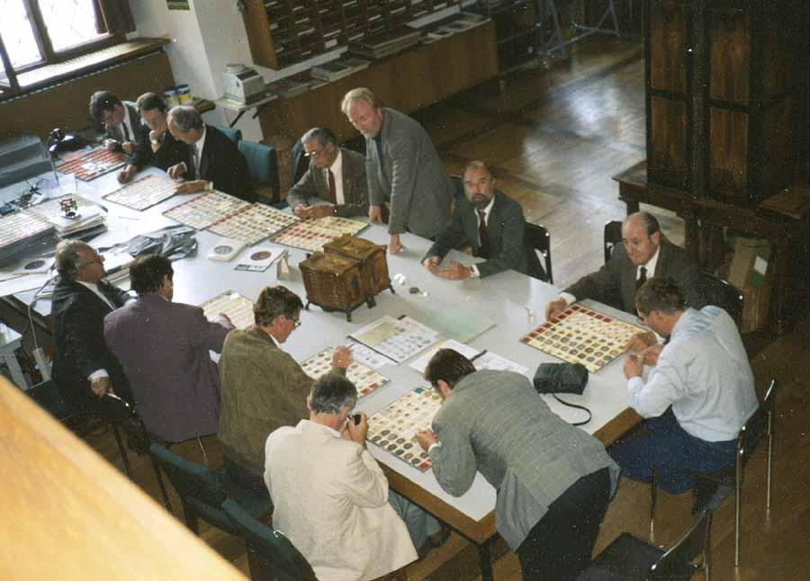 September 1992: 13 begeisterte Salzburger Numismatiker in der Staatlichen Münzsammlung in München